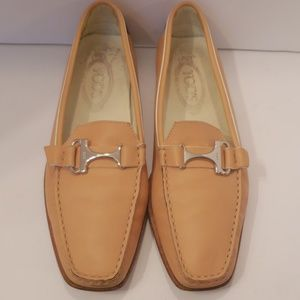 Tod's tan leather loafers
